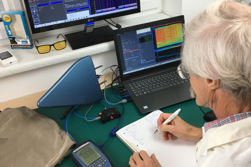 Messung im EMV+ Labor