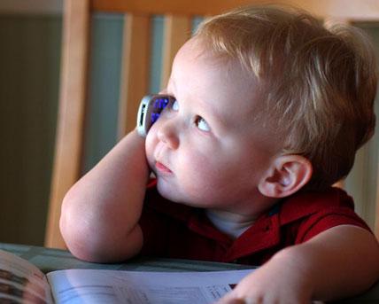 Handystrahlung dringt bei Kindern durch die dünnere Schädeldecke tiefer ins Gehirn vor