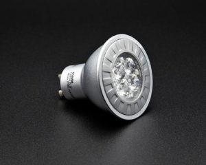 lamp-3879403_640