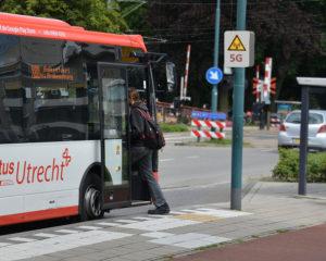 Bushaltestelle mit 5G Sende-Box